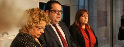 Geli, Elena i Ventura, diputades i diputat del PSC que ahir van trencar la imposició de partit. Foto diari ARA